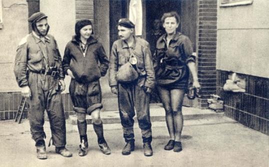 Warsaw_Uprising_-_Sewer_Guides